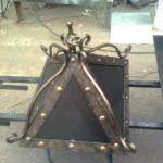 Кованые колпаки на кирпичные столбы